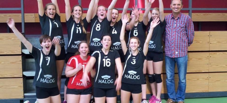 Damen Feiern den Aufstieg in die Landesliga durch die Hintertür